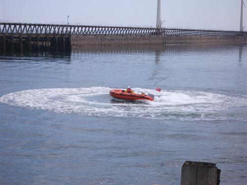blyth-inshore-lifeboat-in-the-river-blyth-at-open-day-2011.jpg