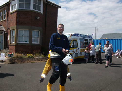 kevin-alsey-blyth-lifeboat-open-day-2011.jpg